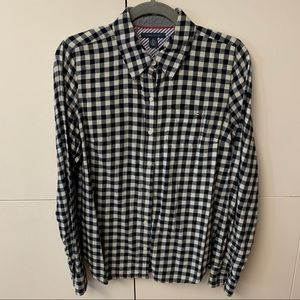 Tommy Hilfiger long sleeve button up flannel